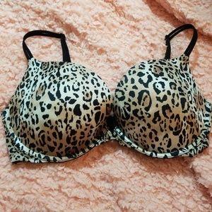 Victoria's Secret Push-Up Leopard Print Bra 32DD